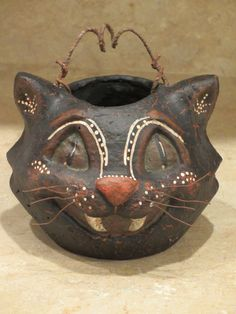 Paper mache 5 Halloween Cat Basket by Pawprints49 on Etsy, $24.00