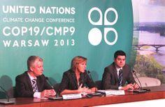 Podczas wtorkowej sesji komisarz Hedegaard wezwała wszystkie państwa do podjęcia jak najambitniejszych celów klimatycznych, podkreślając, że polityka klimatyczna jest gospodarczym wyzwaniem naszych czasów.