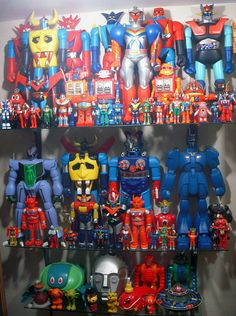 Well theyre Machinders not Kaiju but still... amazing collection of jetjimbo