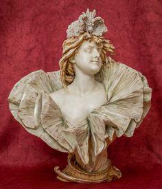 Bust by Turn Teplitz, Bohemia, around 1910, biscuit porcelain, 46 cm