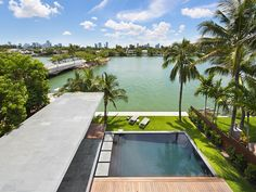 Rooftop Deck View | 440 W DILIDO DR, MIAMI BEACH, FL 33139 | Jeff Miller Group