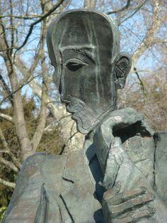 François Mauriac sculpté par Ossip Zadkine, dans le Jardin public de Bordeaux // Nathalie - Licence CC BY-NC-ND //