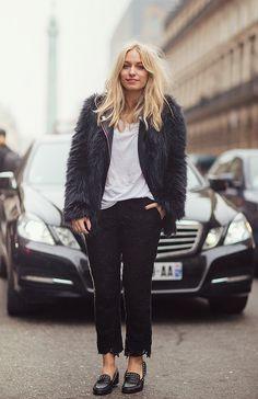 #YaraMichels in Paris. #blogger #streetstyle #ThisChicksGotStyle