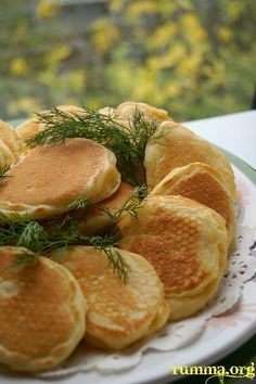 Spoon pour recipe - Food and Drink Crepes And Waffles, Pancakes, Vegetarian Breakfast Recipes, Salty Foods, Most Delicious Recipe, Cooking Recipes, Healthy Recipes, Turkish Recipes, Special Recipes