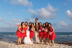 Destination beach wedding, bridesmaids, portraits, Riviera Maya, Playa del Carmen, melissa-mercado.com