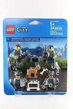 LEGO CITY Police Rescue Minifigure SET 850617 officer girl boy accesories dog