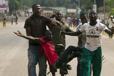 Tens of thousands of Muslims flee Christian militias in Central African Republic