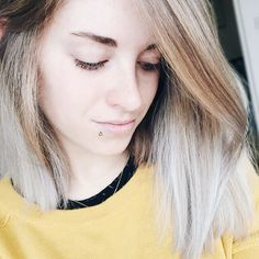 Hair toning complete  I have white ends again! No blue/green in sight! #blogginggals #bbloggers #fbloggers blogger bbloggers katielewla blogginggals beautyblogger