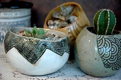 surface decoration examples - pinch pots