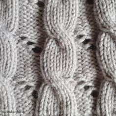 Hermione's Cable & Eyelet Hat 03