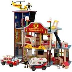 KidKraft Everyday Hero Playsets are the perfect toy for boys and girls. It lets them have real life pretend play with KidKraft Police Station,...this is so cool cant wait until my lil man gets older so he can have awesome toys like this =)