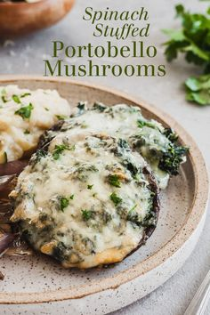 mushroom recipes Spinach Stuffed Portobello Mushrooms - An easy vegetarian dinner that pairs well with mashed potatoes and other sides! Creamy spinach and gooey cheese in a hearty portobello mushroom.