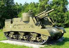 Priest self-propelled artillery, built based on the U. Army Vehicles, Armored Vehicles, Tank Warfare, Self Propelled Artillery, War Pigs, Tank Armor, Train Truck, Tank Destroyer, Armored Fighting Vehicle
