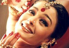 "Aishwarya Rai - Devdas ""Dola Re"" Mangalore, Bollywood Celebrities, Bollywood Actress, Miss Mundo, Aishwarya Rai Bachchan, Thing 1, Portraits, Miss World, Bollywood Stars"