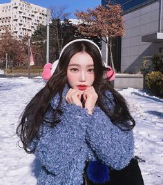 """7,496 Likes, 30 Comments - harin (@baby._pink) on Instagram: """"#❄️ 눈와쪙 ✨ #데일리룩#드레시아 @dre_ssia . . . . .…"""""""