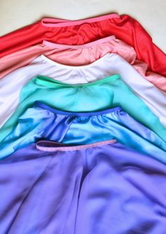 Merryweather skirt. Circle skirt tutorial and fold over elastic at Joann's