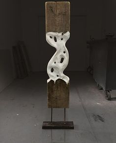 Falle tree artist Paul Kruger, Sculptor in nyc. Reclaimed wood sculptu