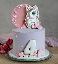 first birthday highchair Doll Birthday Cake, Unicorn Themed Birthday Party, Fab Cakes, Unicorn Cookies, Cookie Icing, Cake Pictures, Girl Cakes, Fondant Cakes, Cake Cookies