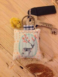 #CarlaLluna #llavero #complementos #complements #naif #cucadas #handmade