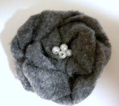 My Girlish Whims: Gray Felt Flower Necklace Tutorial