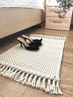 Macrame Rug/ Boho Placemat/ Cotton Rug/Bedside Rug/Rectangular Foot Rug/Bedroom Rug/ Bohemian inspired/Eco Decor/ Ready to ship Macrame – Wall Hanging Macrame Design, Macrame Art, Macrame Projects, Macrame Knots, Macrame Headband, Macrame Mirror, Macrame Curtain, Diy Projects, Macrame Patterns