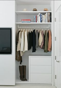 Some great ideas for organizing your closet!