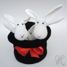 Králíci z klobouku Crochet Bob, Crochet For Kids, Fiber Art, Weaving, Knitting, Toys, Disney Characters, Macrame, Amigurumi