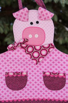 Children's Quilted Pink Piggy Apron by NorahJanes on Etsy