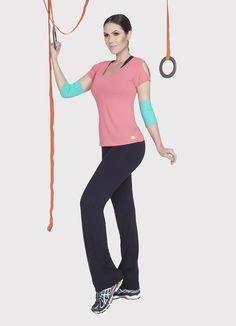 Calça lisa básico 170000 e Blusa ombro vazado dry 110056*