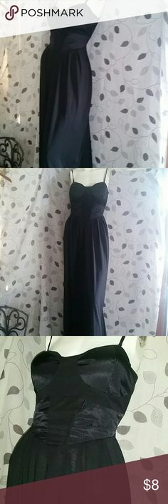 Kardashian Kollection Maxi dress Good used condition  Adjustable spaghetti straps can be removed if preferred strapless Gold zipper back Padded cups Approx 16 inches from pit to pit 15 inches below bust above waist area where its fitted Please feel free to ask questions  Check my other listings for similar items  Very minor minor piling (fuzzballs) of material - price reflects Kardashian Kollection Dresses Maxi