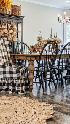 Dining Decor, Dining Room Design, Modern Farmhouse Style, Farmhouse Decor, Beautiful Homes, House Beautiful, Rustic Kitchen, Ideal Home, Cottage Style