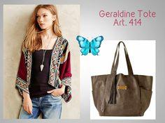#TOTE GERALDINE Look 💐  #Tendencia en tote #Cómoda y Práctica (entra un montón!!!) #Colores en última onda #Best Seller! 🔥 🔥 🔥  #GERALDINE TOTE.. (Tendencia!) Art. 414/2 Precio......> $ 1743.-  Acá la podés ver y COMPRAR: http://www.mariapuyalcueros.com.ar/products/geraldine  CARACTERISTICAS: CARTERA GRANDE Medidas: Altura 35 cm Ancho base 30cm Ancho boca 60 cm Profundidad 18 cm  Manija Corta: 55 cm. De cuero chata. Manija Larga: No tiene. Material : cuero caviar