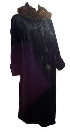 Winter Glamour Black Fur Trimmed Coat circa 1920s - Dorothea's Closet Vintage