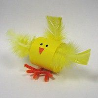 This idea is simple and fun. Make a loop from yellow paper and add a few details to create this cute Easter chick craft. This is a perfe...