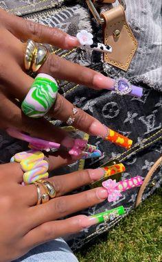 Instagram @jayna.edwards Acrylic Nails Coffin Pink, Long Square Acrylic Nails, Simple Acrylic Nails, Acrylic Nail Designs, Colorful Nails, Coffin Nails, Edgy Nails, Aycrlic Nails, Stylish Nails