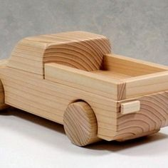 Woodworking Projects For Kids, Diy Craft Projects, Wood Projects, Toy Art, Android Wallpaper Cars, Wooden Desk Organizer, Wooden Toy Cars, Wood Toys Plans, Diy Cnc
