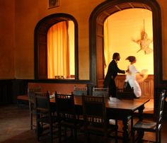 """Strani personaggi si aggirano nelle sale del Castello di Castelnovo.... iniziativa """"Fantasmi al Castello?"""" legata al Val Tidone Wine Fest 2013 #vtwf #valtidone #piacenza"""