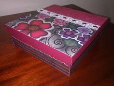Caixa de mdf decorada com a tecnica de scrap decor R$ 20,00