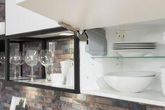 Kuchyňa ESTER vo vyhotovení biela arctic vysoký lesk Bathroom Medicine Cabinet