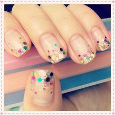 confetti manicure