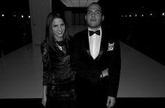De las mejor vestidas de la noche: @Kellytalamas directora de @VOGUEMexico en un vestido de R.Santana con @zuritapedro #ModaNextel @liveaqua