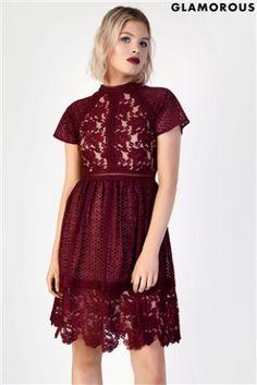 L2018 Koronkowa sukienka skater Glamorous ze stójką