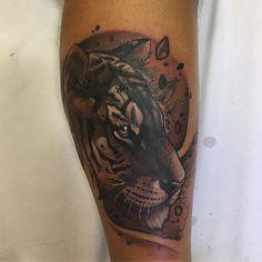 Tigre del día de hoy  es un cover up // realizado con @artdriver_tattoomachines // horas y consultas escribir a nimutattoo@gmail.com #nimutattoo