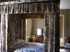 Stripes & toile, George Wythe House, Williamsburg, Virginia