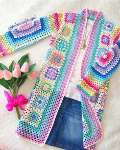 Crochet jacket granny square beautiful 37 new Ideas Gilet Crochet, Crochet Motifs, Crochet Cardigan Pattern, Granny Square Crochet Pattern, Crochet Jacket, Crochet Blouse, Crochet Poncho, Crochet Patterns, Beau Crochet