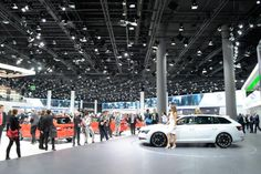 Frankfurt, Catering Table, Nissan Infiniti, Light Beam, Trade Show, Alfa Romeo, White Light, Ground Floor, Peugeot
