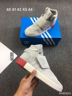003007b706ff6 2018Clothing.com. China Shoe Wholesale · Adidas