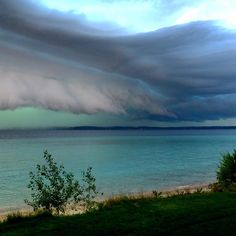 Thunderstorms And Tornadoes severe thunderstorm / tornado that rocked glen arbor/traverse city
