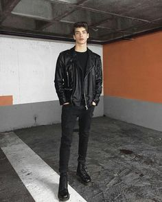 A black leather biker jacket and black skinny jeans are an urban combination that every modern guy should have in his menswear collection. If you want to easily up the style ante of your look with shoes, add black leather casual boots to the mix. Cute Teen Outfits, Stylish Mens Outfits, Outfits For Teens, Casual Outfits, Men Casual, Guy Outfits, Casual Styles, Casual Boots, Bad Boy Style