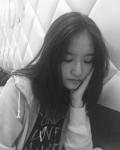 """Bola aja gue jaga, apalagi lo"" in Fanfiction Seo Herin, Smrookies Girl, Korean Girl Photo, Kim Sejeong, Krystal Jung, Sm Rookies, Ulzzang Korean Girl, Uzzlang Girl, Aesthetic Girl"